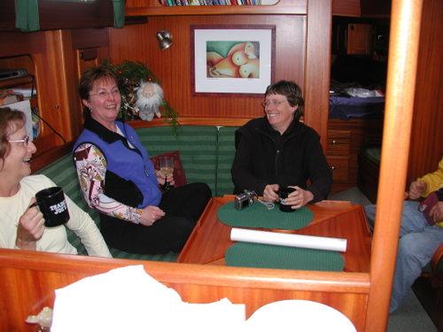 Suzie and Marianne in Gallant Fox