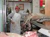 Culiacan_carnicero_con_cerdo_3